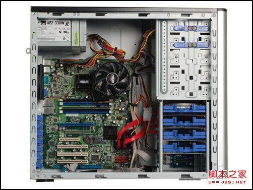 电脑拆开重新安装发现系统登陆不进去(显示器连接线接口松动造成不
