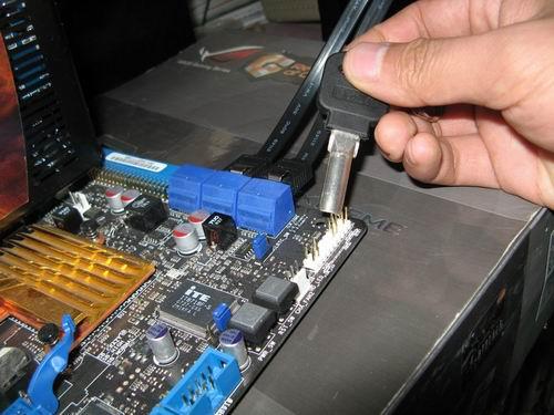 电脑主板跳线接法图文教程 安装过程图片