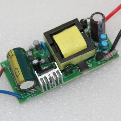 美芯晟推出APFC隔离MT7932X THD<8% 内置700V MOS