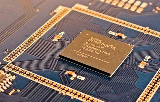 """ASIC崭露头角 FPGA如何不沦为""""过渡""""品?"""
