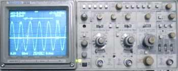 示波器TEK2232