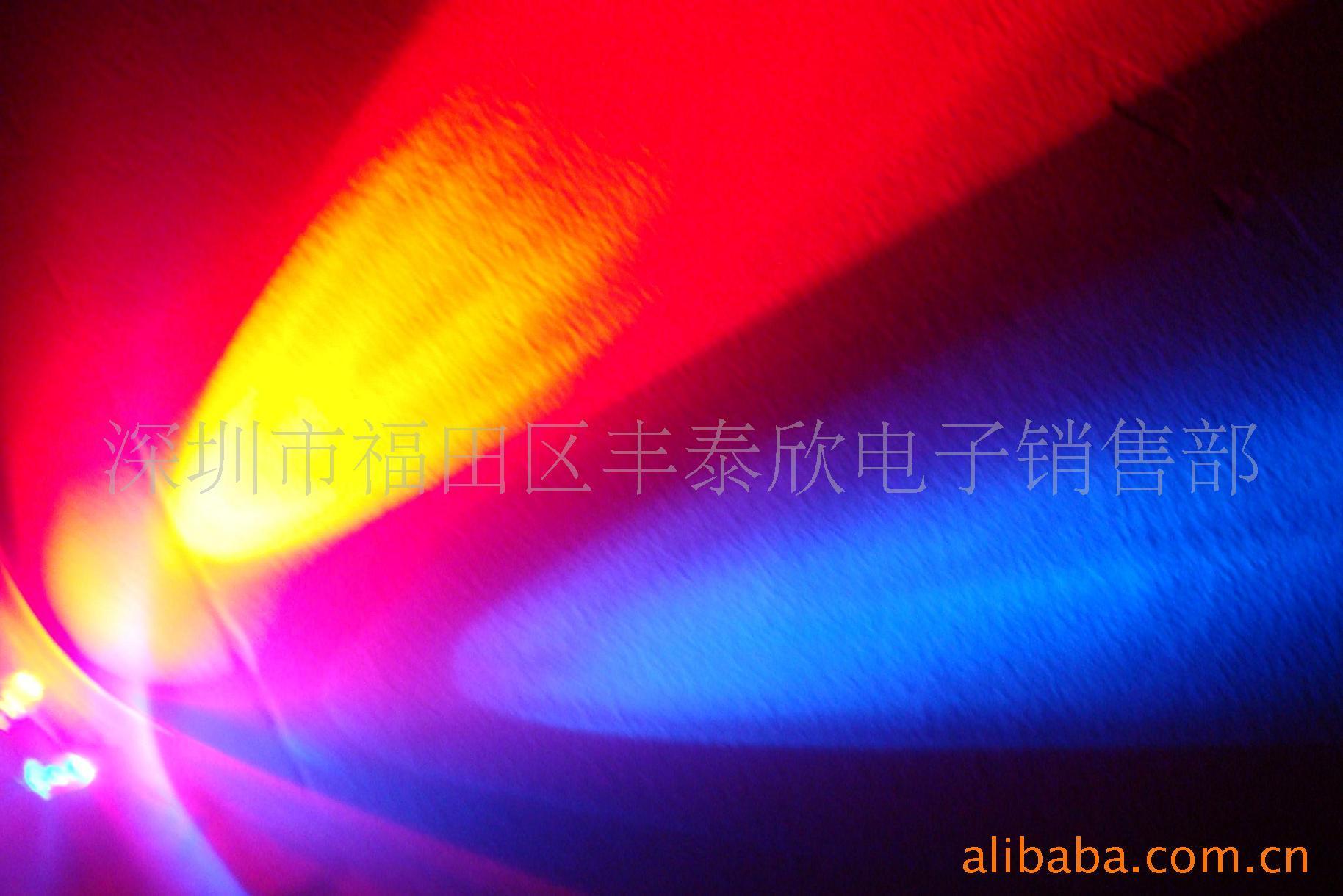 发光颜色::闪烁    结构::点接触型    应用范围::发光(led)