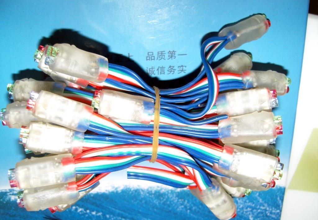 四灯窜接线方法