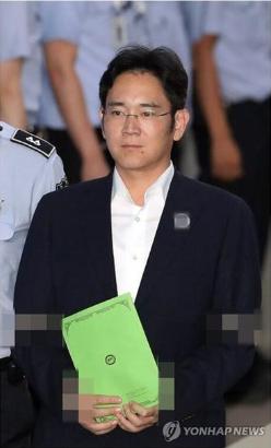 韩检方要求判处三星李在镕12年刑期